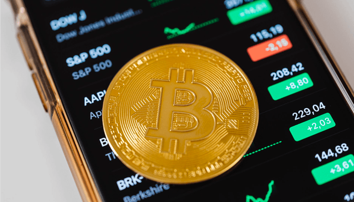 Should I Invest In Cryptocurrency? The Complete Guide